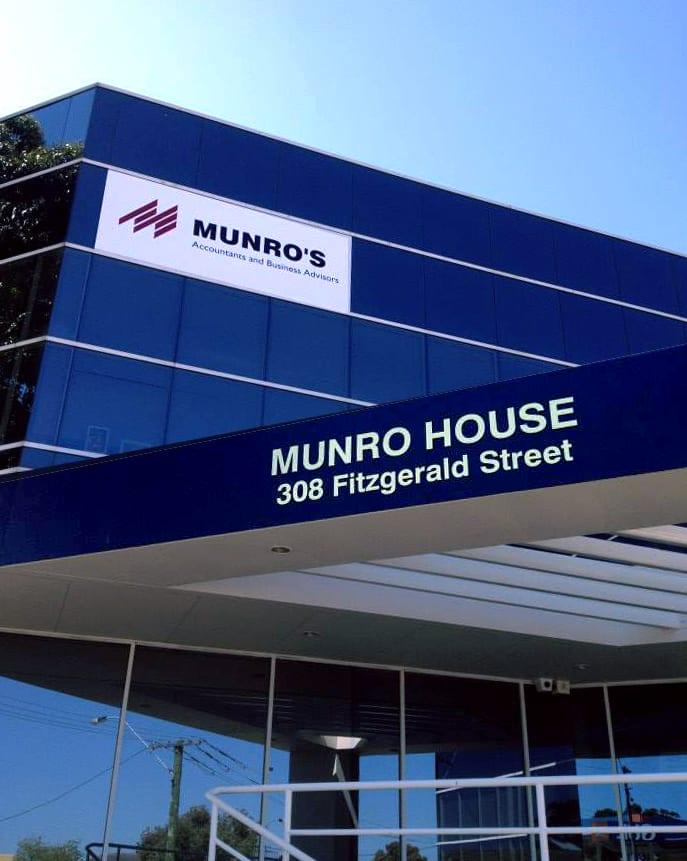 Munros Shopfront